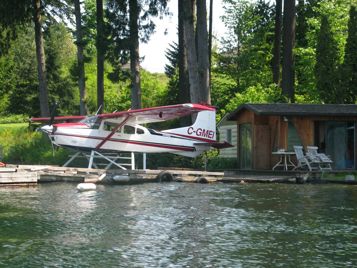 Float plane docked on Vancouver Island lake